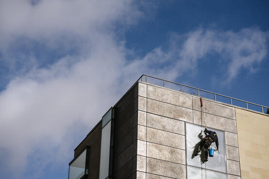 The Ultimate Guide To Abseil Window Cleaning