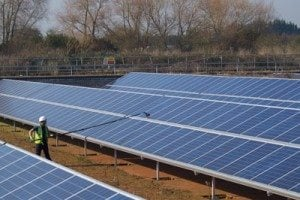 Ensuring Solar Panels Are Clean For Optimal Performance